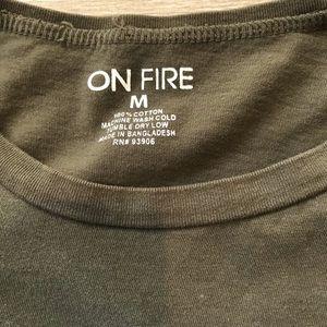 On Fire Tops - Women's Sz M Fun Graphic Long Sleeve Crop Tee